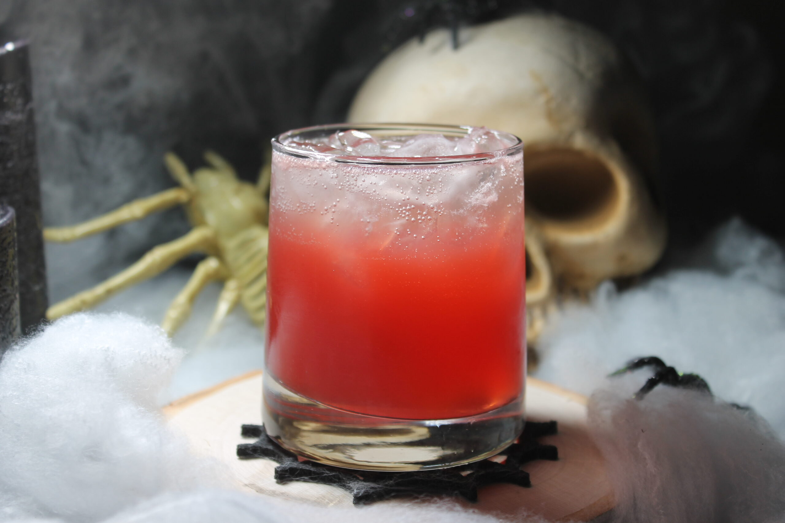 Ghostly 'Granate Cocktail